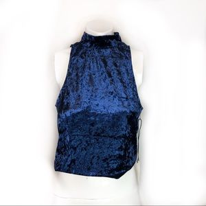 Twelve crop top sleeveless size m
